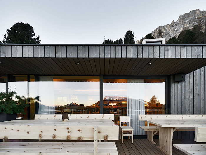 This restaurant by Peter Pichler Architects in Italy offers stunning mountain views