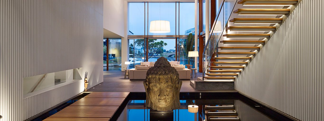 Sophisticated Sentosa Cove, Singapore holiday retreat for a family living by the sea