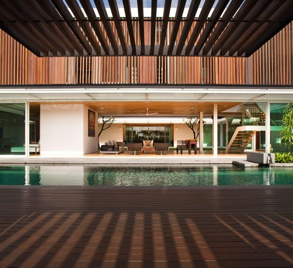 Spacious contemporary house in Singapore strikes a balance between privacy and openness