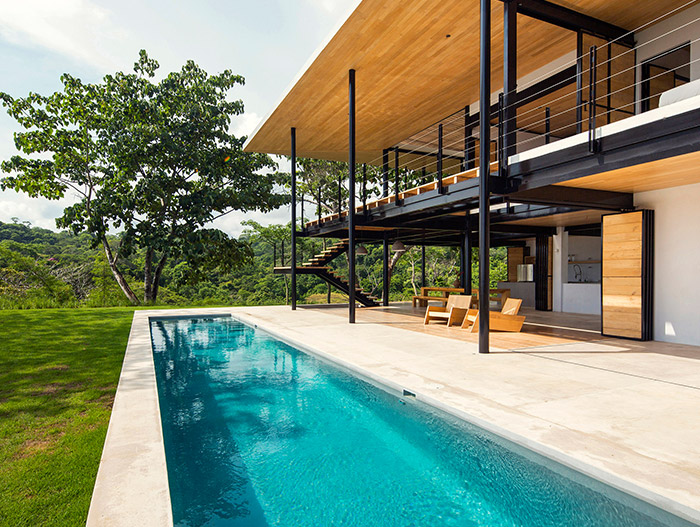 Ocean Eye by Benjamin Garcia Saxe: Tropical house in Costa Rica with stunning pool and breathtaking views