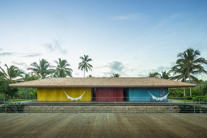Txai House by Studio MK27 modern home near beach in Itacare, Brazil
