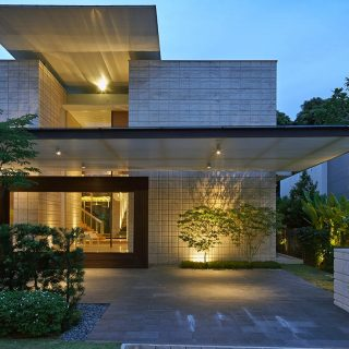 Zen Courtyard Contemporary Home In Singapore Inspired By The Traditional Japanese Courtyard House Architecture Design