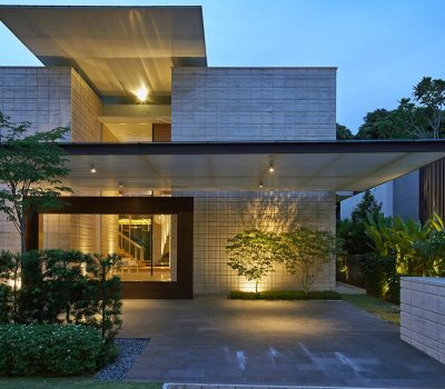 Zen Courtyard: Contemporary home in Singapore inspired by the traditional Japanese courtyard house