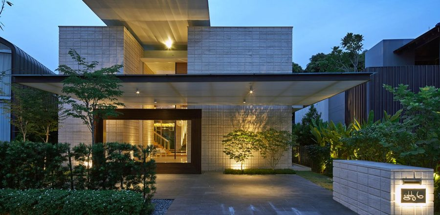 Two levels by nott design redesigned family home in for Modern courtyard house designs