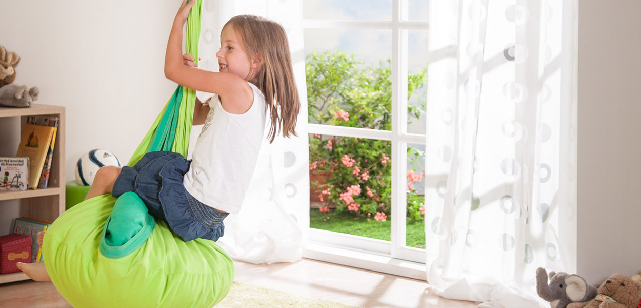 Adorable hammock for kids for playing and reading