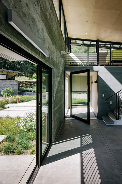 Butterfly House By Feldman Architecture Energy Saving House With Contemporary Interior