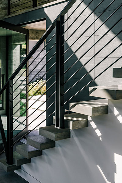Butterfly House By Feldman Architecture - Staircase