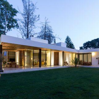 Casa L By Tania Lopez Winkler