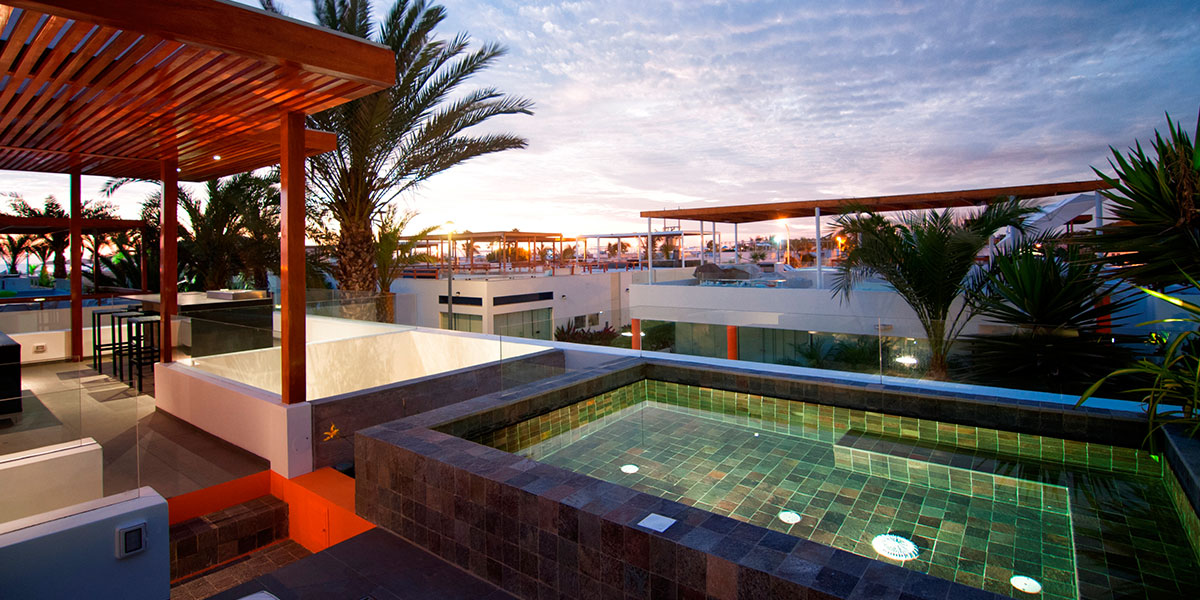 Casa Seta by Martin Dulanto - Terrace