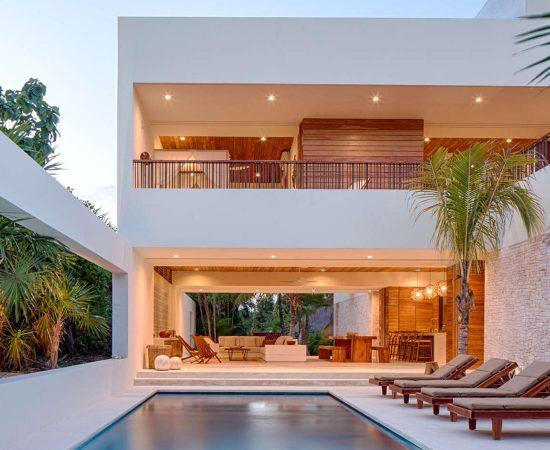 Casa Xixim by Specht Harpman Architects