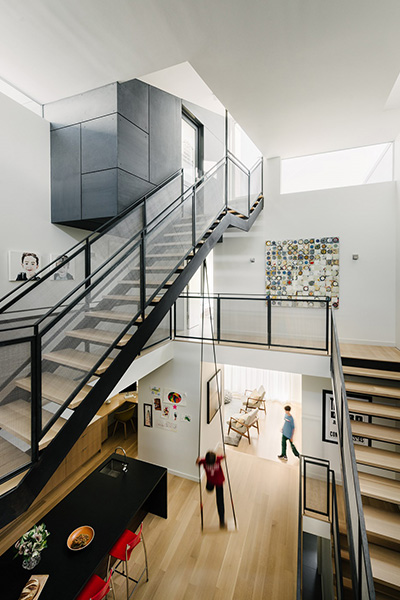 Fitty Wun - An unconventional San Francisco home with a rope swing in the kitchen