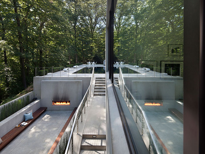 Forest House Outdoor Entertainment Area