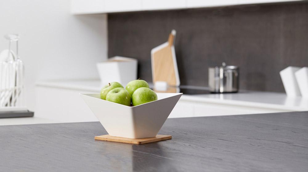Forminimal kitchenware white fruit bowl