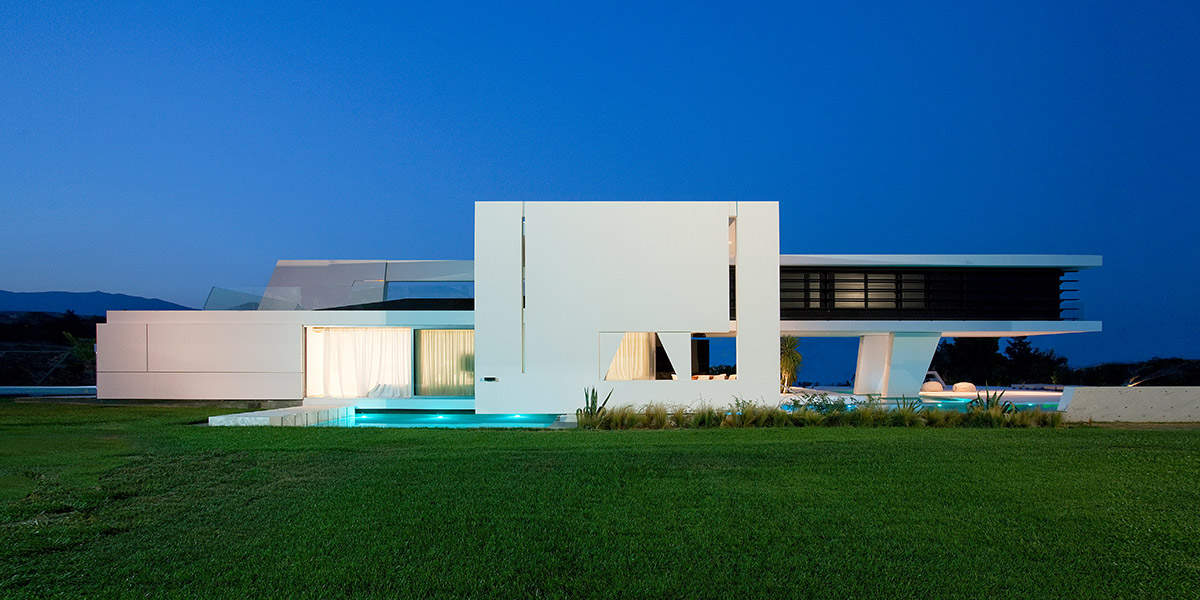 Futuristic House in Athens by 314 Architecture Studio