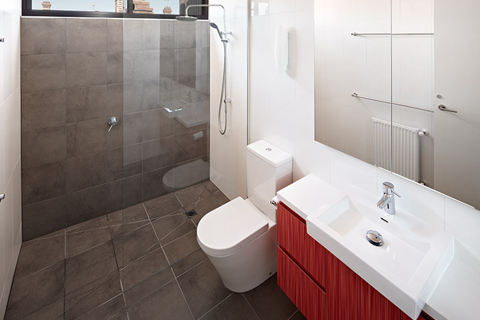 Hawthorn House 2 Modern Bathroom Design By Windiate Architects