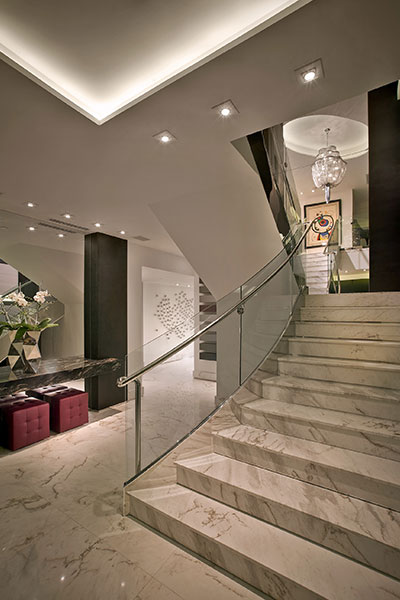 Hollywood Penthouse Modern Staircase