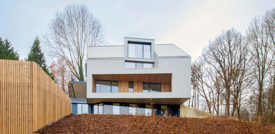 House BABE by Destilat