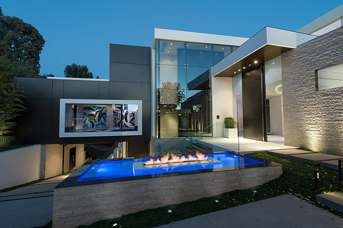 Laurel Way Residence: A Beverly Hills dream home by Whipple Russell Architects