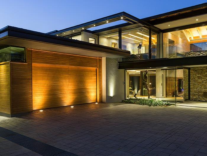 Luxurious Contemporary Farmhouse In Blair Atholl