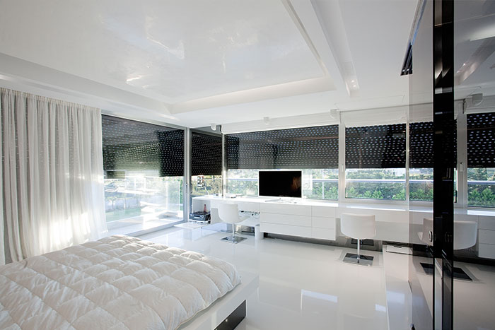 Luxurious House In Athens Modern White Bedroom