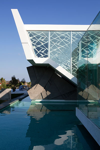 Luxurious House Stunning Exterior In Athens Greece