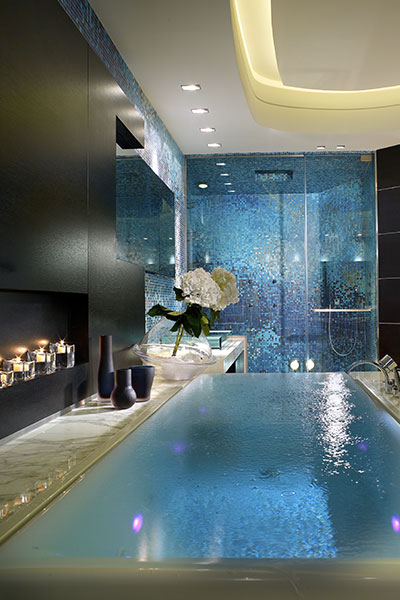 Luxurious Master Bathroom In Stunning Apartment By Pepe Caldern Design