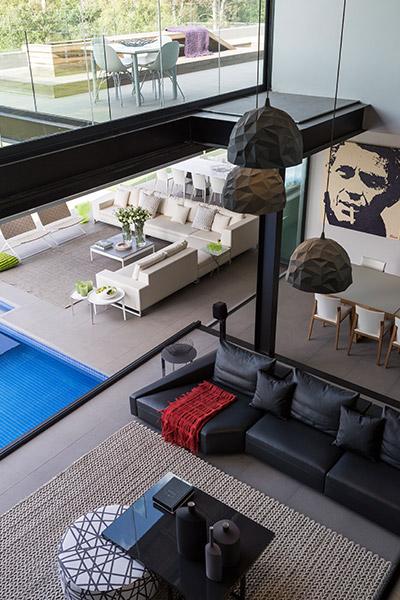 Luxurious Open-Space Interior Design