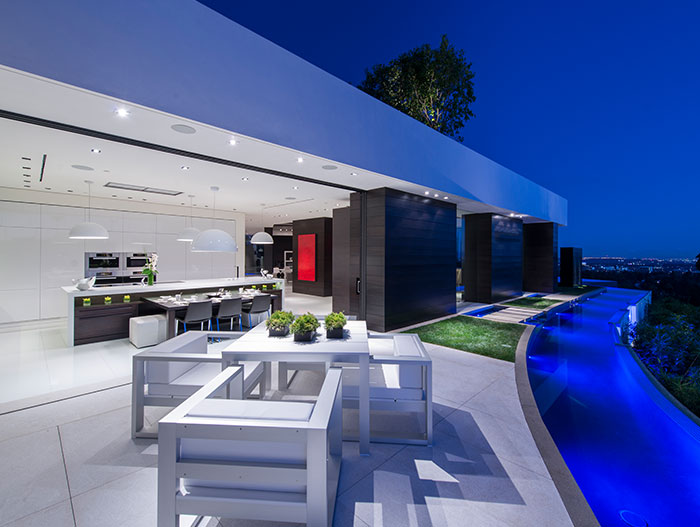 Luxurious house in Beverly Hills with stunning view