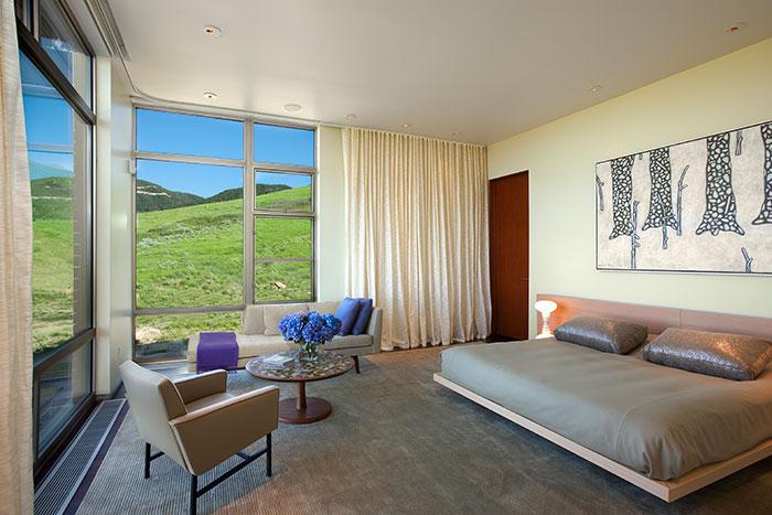 Modern Bedroom Design In Wyoming