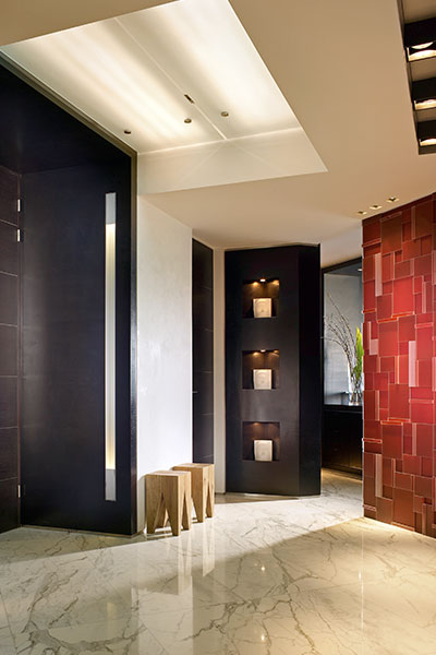 Modern Foyer Entry In Luxurious Apartment In Florida