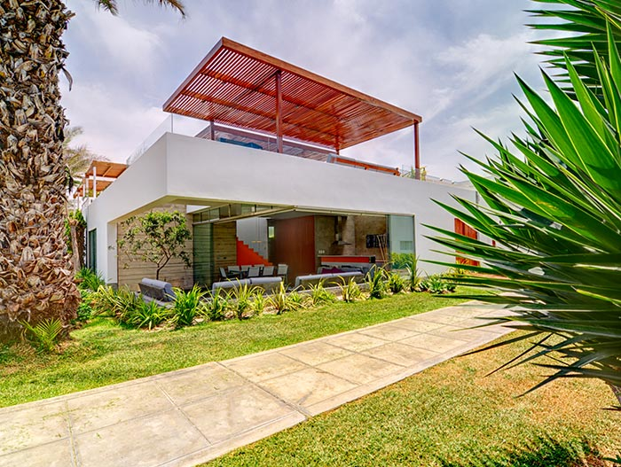 Modern House Exterior In Lima Peru