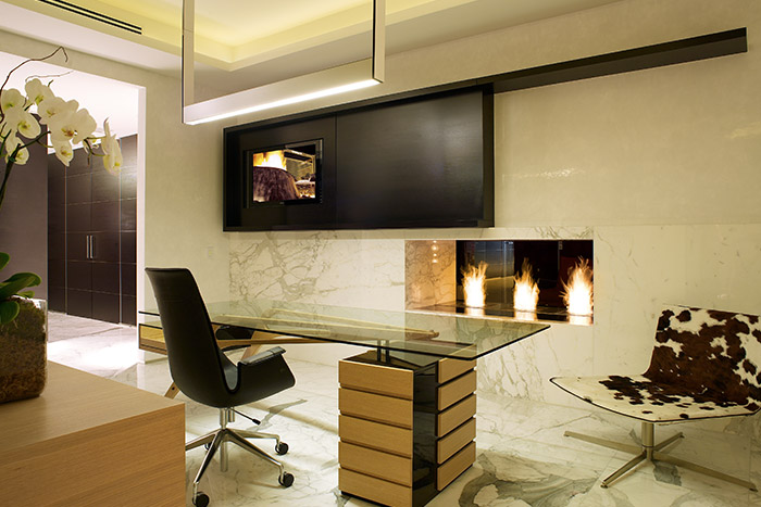 Modern Office Room In Florida By Pepe Calderin Design
