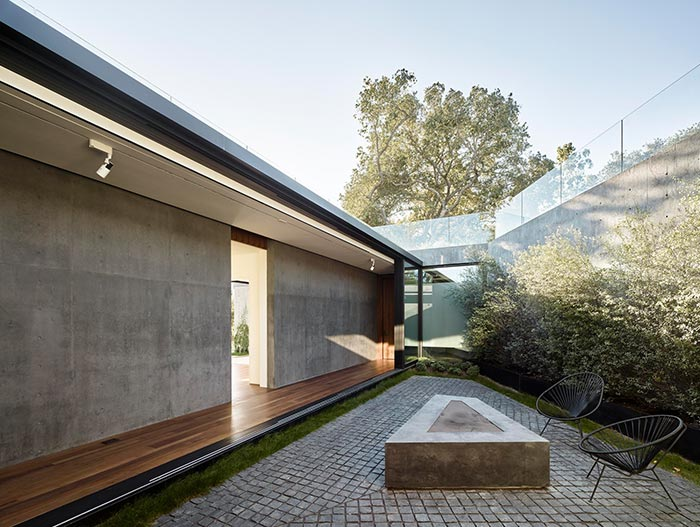 Oak Pass Residence Modern House In Beverly Hills