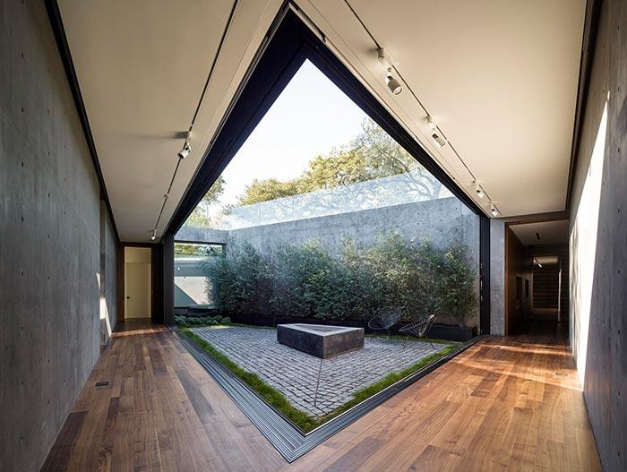 Oak Pass Residence Stunning Modern House In Beverly Hills