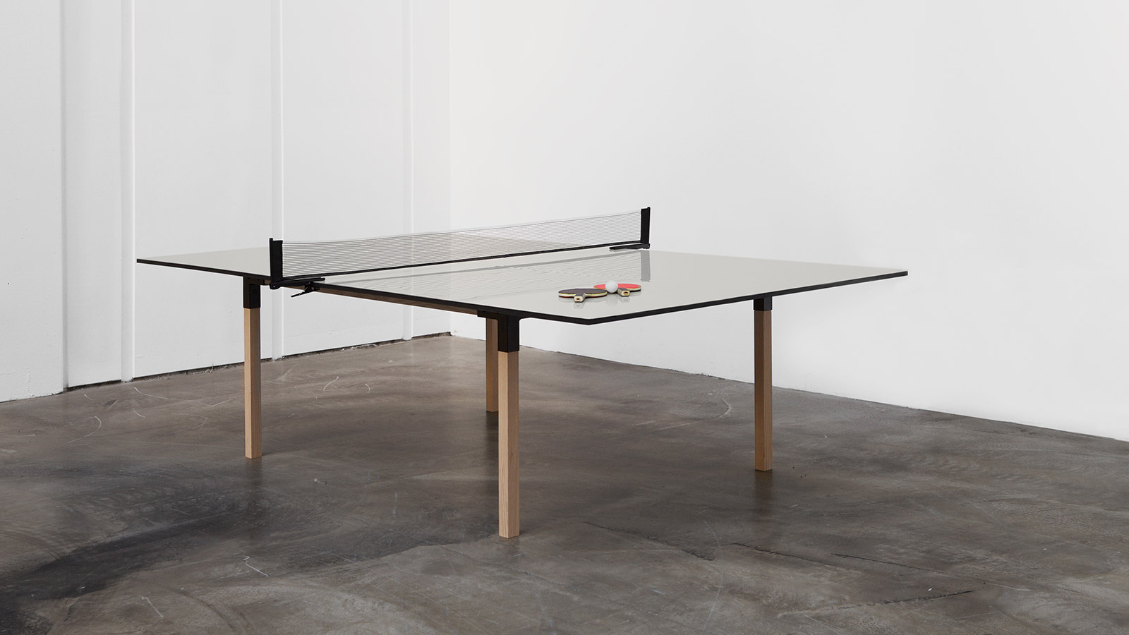 Pull pong multi purpose table that lets you play ping - Table transformable but ...