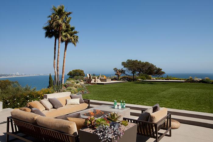 Revello Residence hillside Los Angeles home