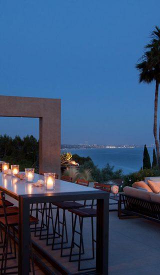 Revello Residence - Hillside Los Angeles home