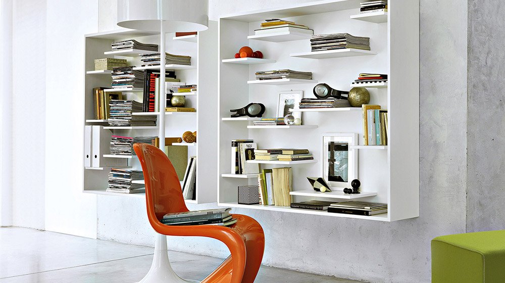 Shift Wall-mounted lacquered floating wooden bookcase by Lema