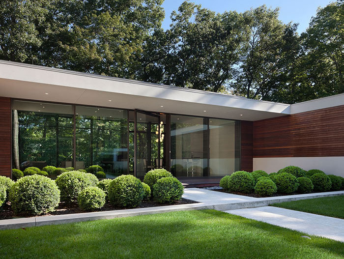 Spectacular Residence by Specht Harpman In New Canaan