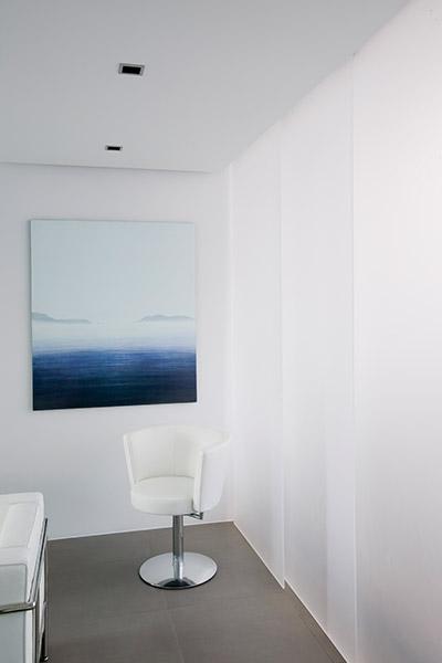 Studio Apartment In Reykjavik By Gudmundur Jonsson Arkitektkontor