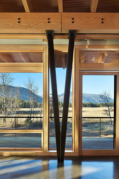 Stunning Wooden House With Spectacular Mountain View