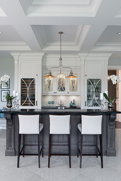 Traditional Home Bar Design