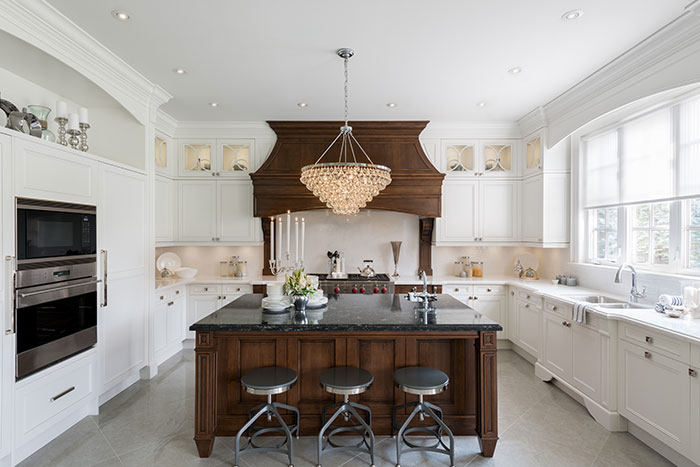 Traditional Kitchen Design by Jane Lockhart Interior Design