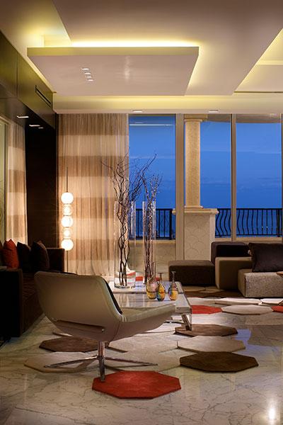 Unique Modern Apartment By Pepe Calderin Design