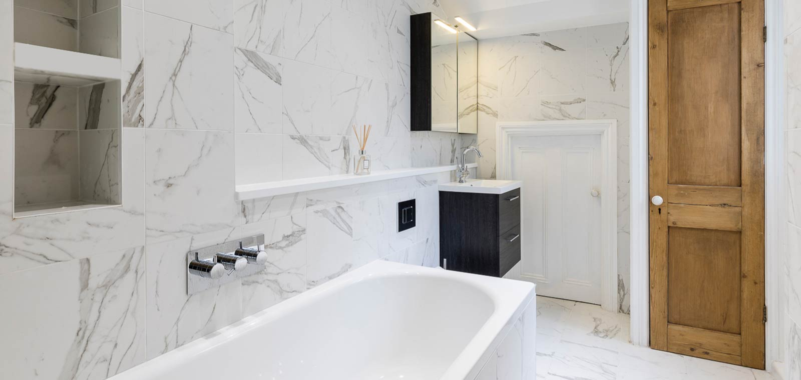 Barons Court basement extension and redesign by Rees Architects - modern bathroom design idea