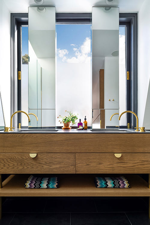 Contemporary bathroom in a stylish terraced house located in Sydney, Australia