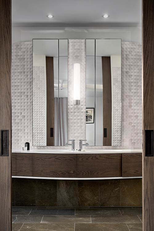 Bathroom designed by Luigi Rosselli Architects