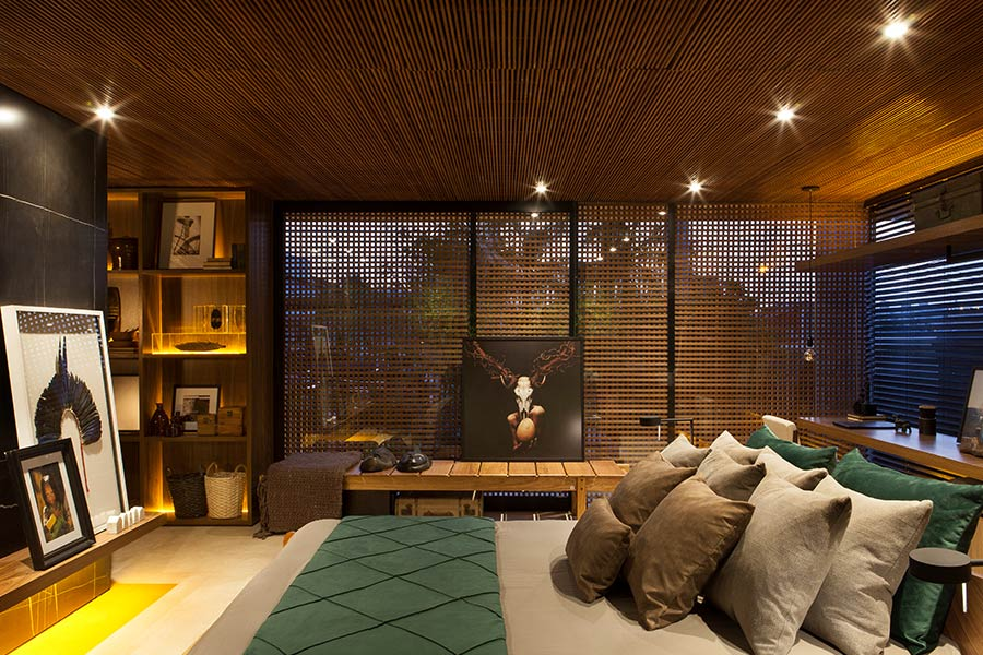 Gorgeous bedroom design idea in a contemporary Brazilian house for an art collector