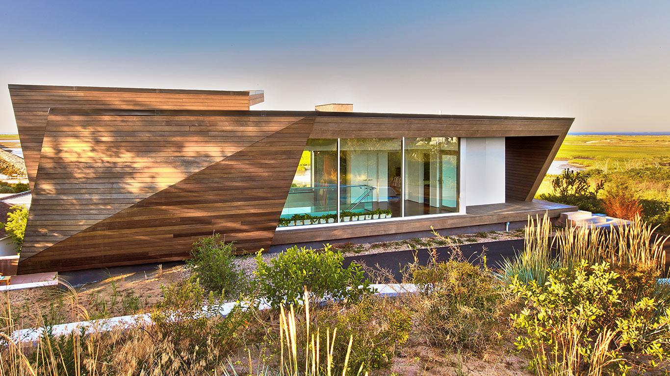 Cape Cod- Beach House by Hariri Hariri Architecture