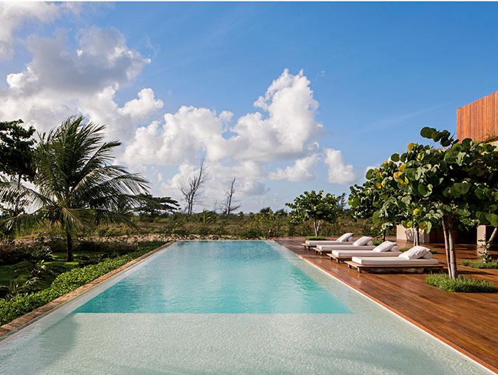 Casa TM by Studio Arthur Casas - amazing outdoor terrace in modern beach house